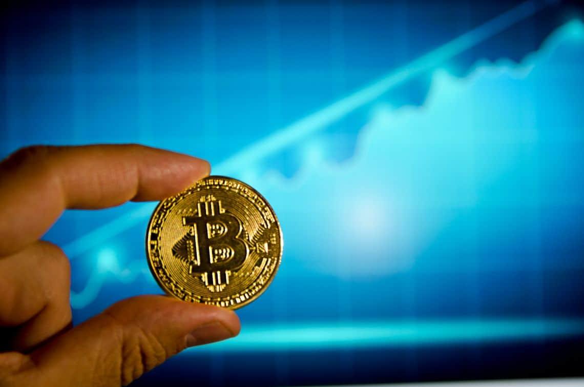 L'exchange Bexplus offre un bonus di deposito del 100% e lista USDT, BTC, ETH, XRP, LTC, EOS