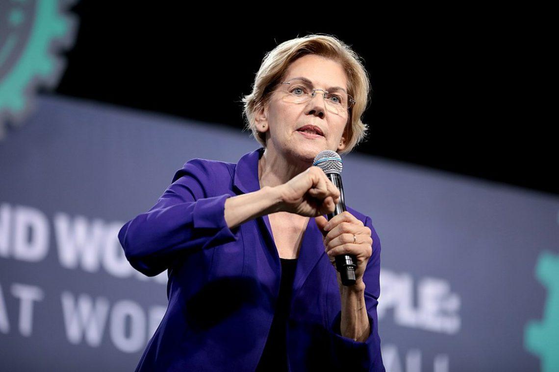 """Elizabeth Warren alla SEC: """"C'è un'intera lista di problemi con le criptovalute"""""""